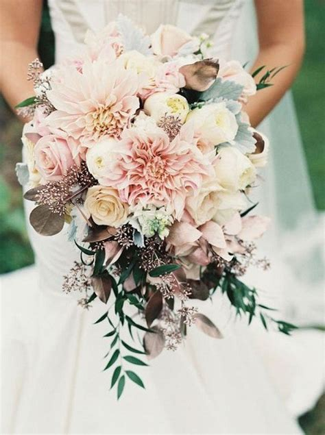 15 Stunning Wedding Bouquets for 2018 - Page 2 of 2 - Oh
