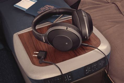 Sony WH-1000XM2 Wireless Bluetooth Noise Cancelling Hi-Fi