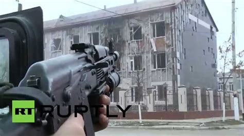 Russia: ROCKET LAUNCHERS fired on Chechen militants in