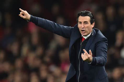 Emery urges Arsenal not to look at the Premier League