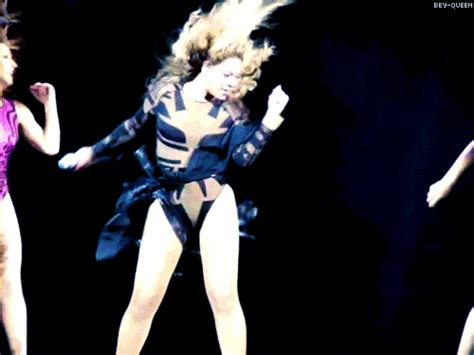 Fierce GIFs Of Beyonce Dancing For Her Birthday - Barnorama
