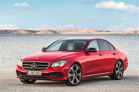 Mercedes-Benz E220d Uses New Diesel Four-Cylinder in