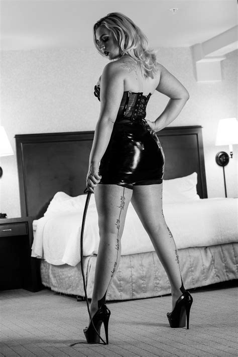 Feature Interview – Mistress Ruby Enraylls | Domme Addiction